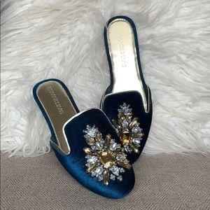 Khaadi Khaas Embellished Velvet Slides